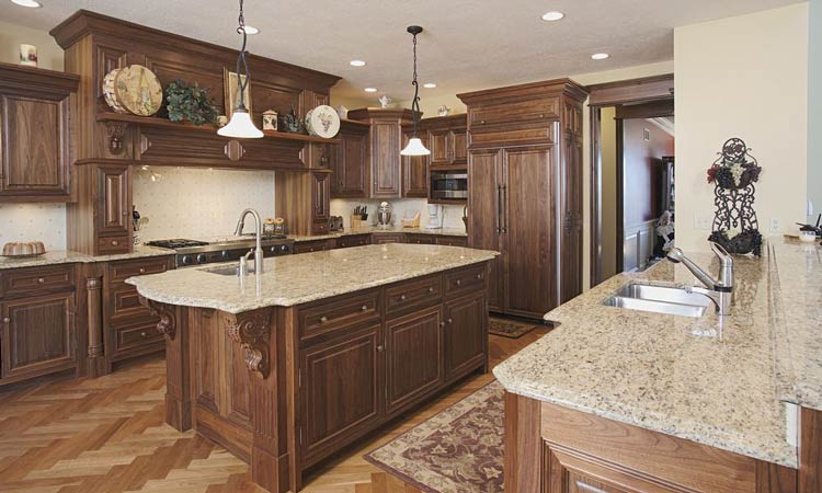 Attractive Hardwood Custom Kitchen Cabinets ...